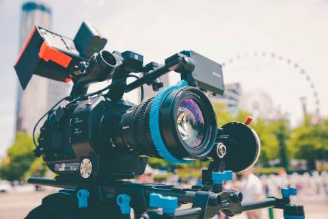 Leer Cómo crear un vídeo promocional de tu servicio sin arruinarte