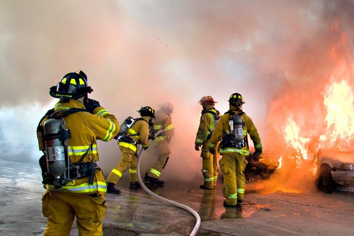 Firefighters, de Andrew Magill