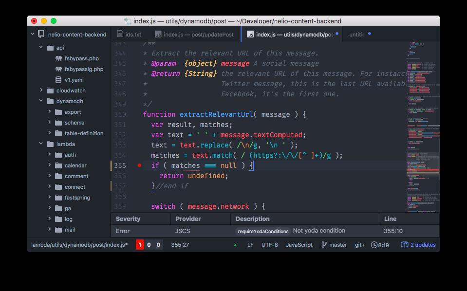 Atom puede configurarse para detectar incorrecciones en el estilo de tu código. Fíjate que te avisa de que no estás usando una condición en formato Yoda.