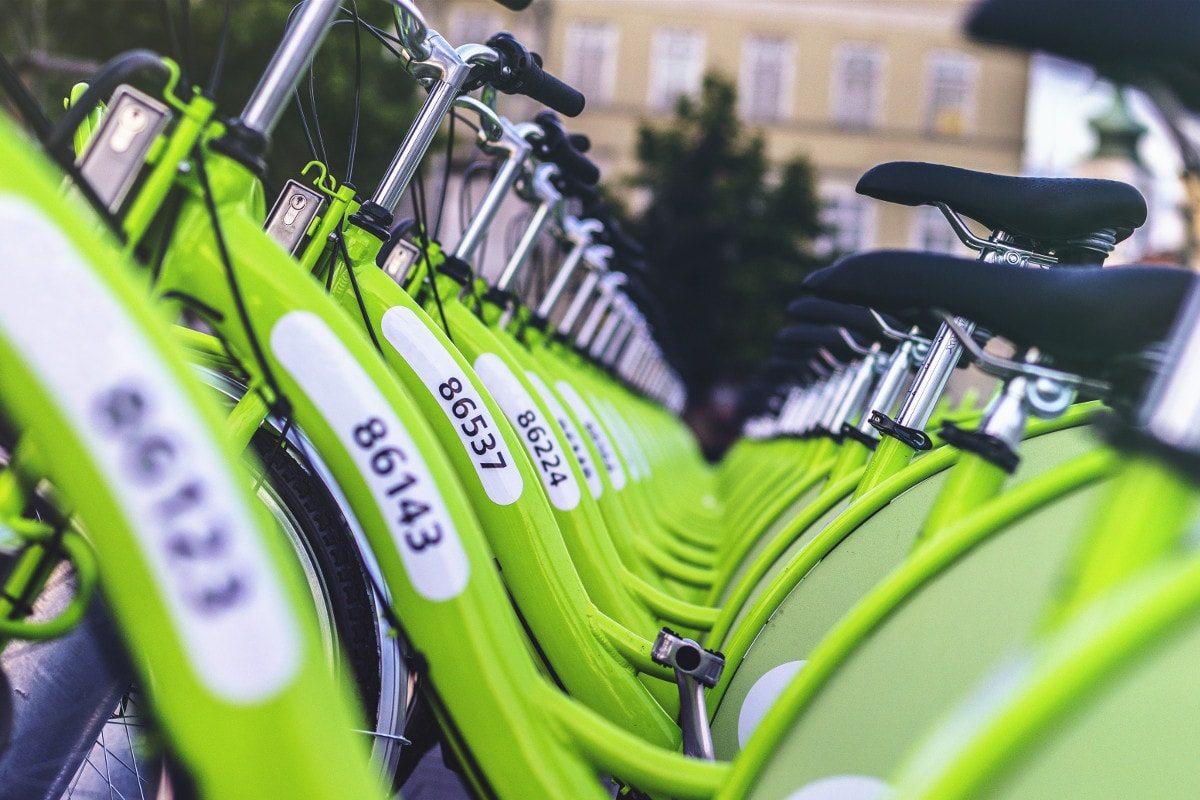 Bicis ordenadas en Budapest, de Viktor Kern