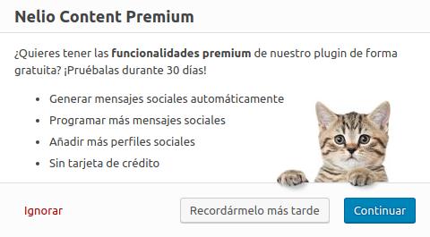 Diálogo en el que ofrecemos la versión premium de Nelio Content. ¿Le dirías que no a este gatito tan mono?