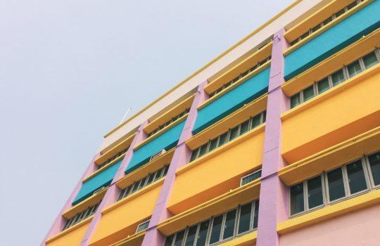 Building, skye, colour and window, de Joe Liu