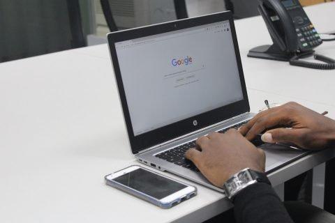 Leer Cómo obtener el certificado de Google Analytics
