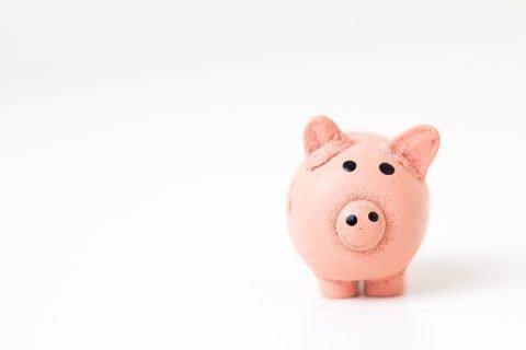 Lee Quiérete más y aprende cómo subir los precios que cobras a tus clientes