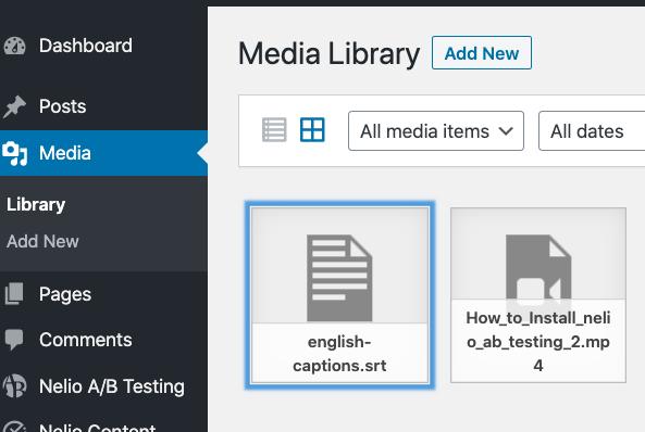 Captura de pantalla de diferentes elementos en la biblioteca de medios de WordPress