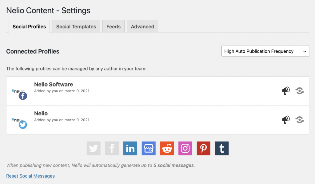 Screenshot of Facebook and Twitter profiles added to Nelio Content