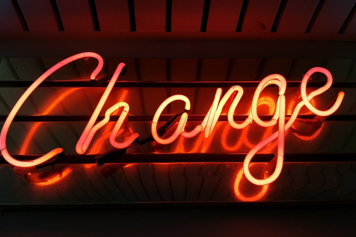 Change, de Ross Findon