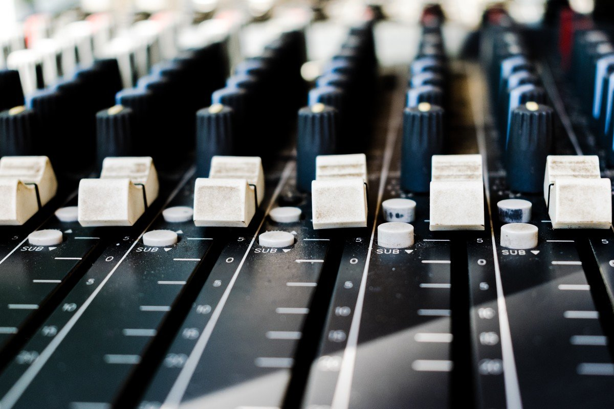Music, board, switch and controls, de Rima Kruciene