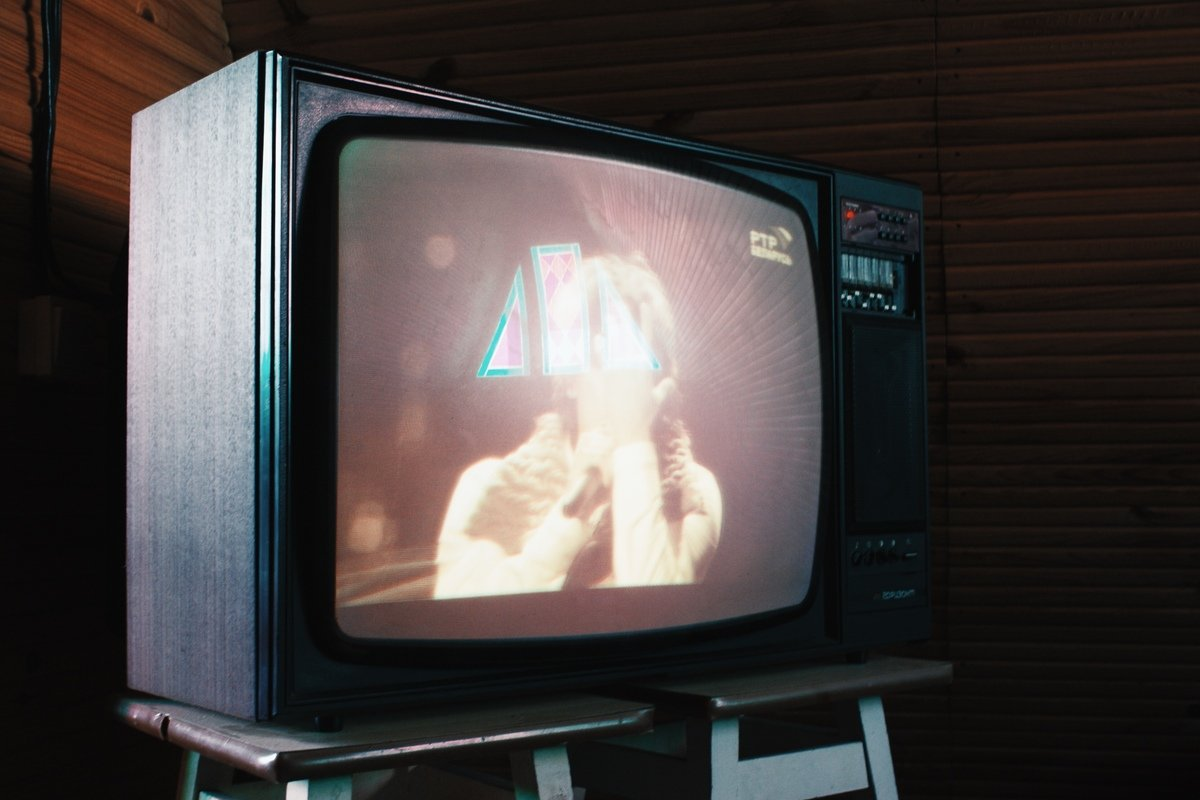 Picture of an old TV, by Aleks Dorohovich