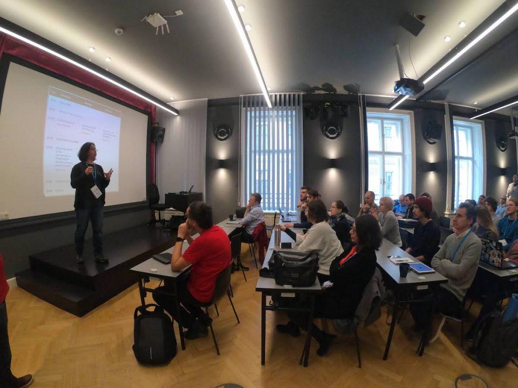 Estela Rueda en WordCamp Vienna 2020 por Credit Jan Markuse